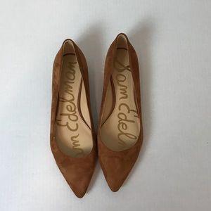 f5a2f4a4c Sam Edelman Shoes - Sam Edelman Reyanne Spiked Flats In Camel Size 9.5